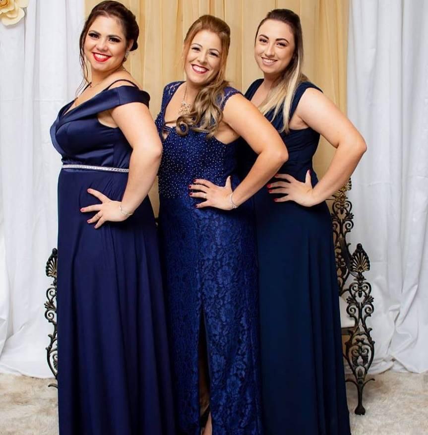 Clientes com Vestidos em tons de Azul